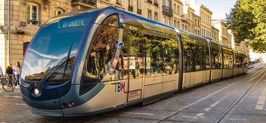 camping-bordeaux-tramway