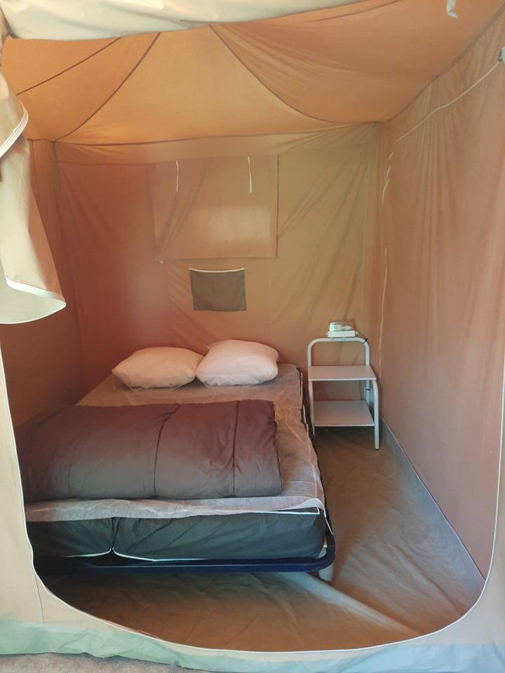 Bungalow Caraïbe chambre lit double
