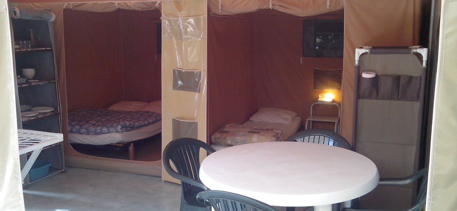 camping-gironde-avec-location-bungalow-toile-2-chambres