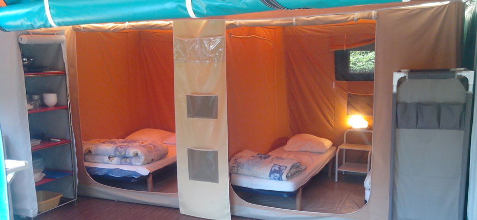 camping-gironde-avec-location-bungalow-toile-grand-lit