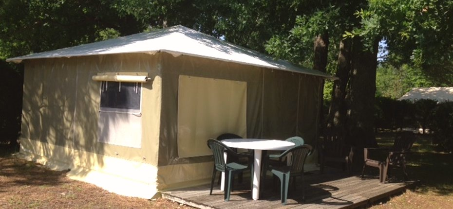 camping-gironde-avec-location-bungalow-toile