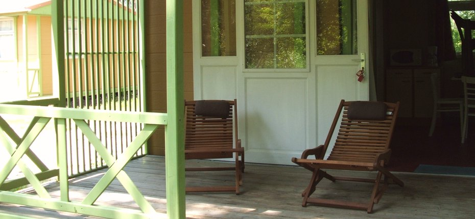 camping-gironde-location-chalet-terrasse-3ch-6p