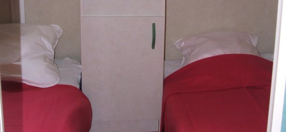 camping-gironde-location-chalet-3ch-6p-chambre-enfants