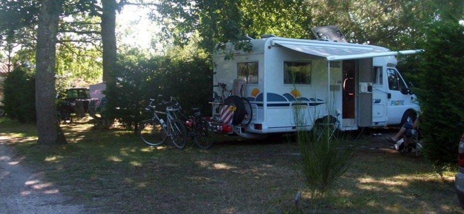 emplacement-camping-vendays-montalivet-camping-car
