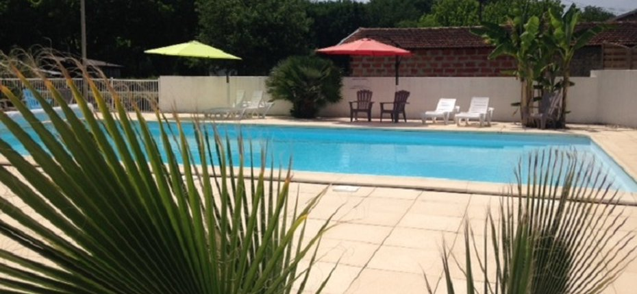 camping-gironde-piscine-plein-air