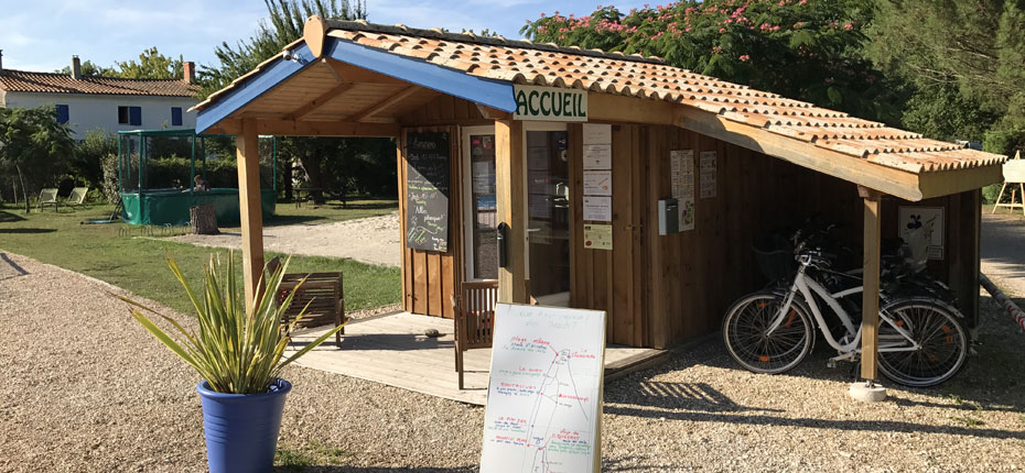 camping-la-chesnays-accueil
