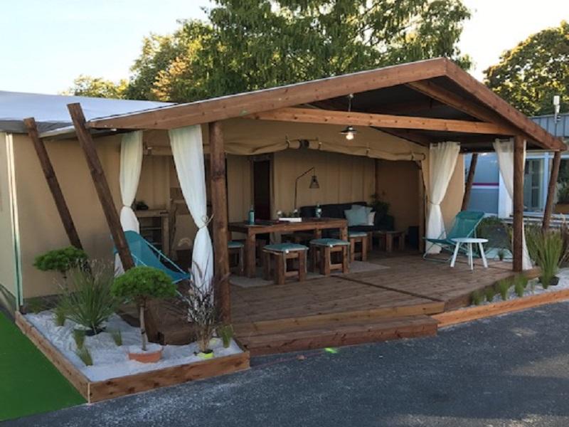 Lodge Cotton - terrasse couverte- camping La Chesnays