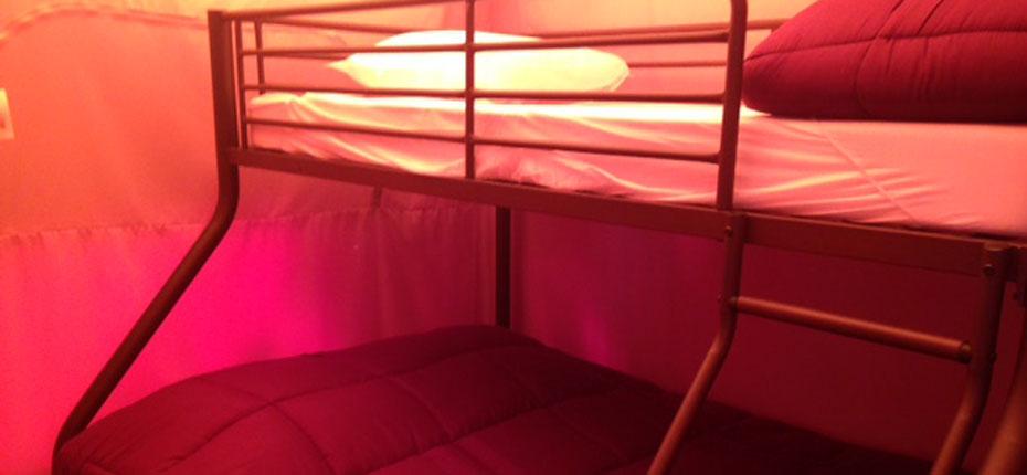 location-tente-lodge-gironde-chambre-enfants