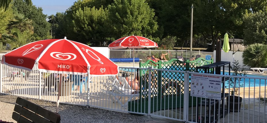 Loisirs du camping de vendays montalivet camping la for Camping gironde piscine