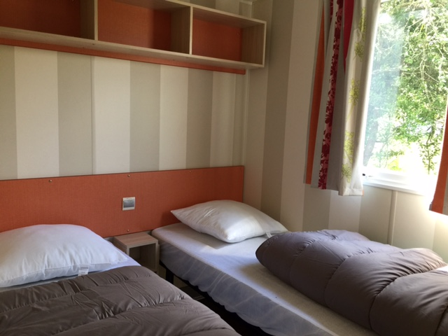 Mobil-home-Loggia-chambre-camping-Montalivet-aquitaine-LaChesnays
