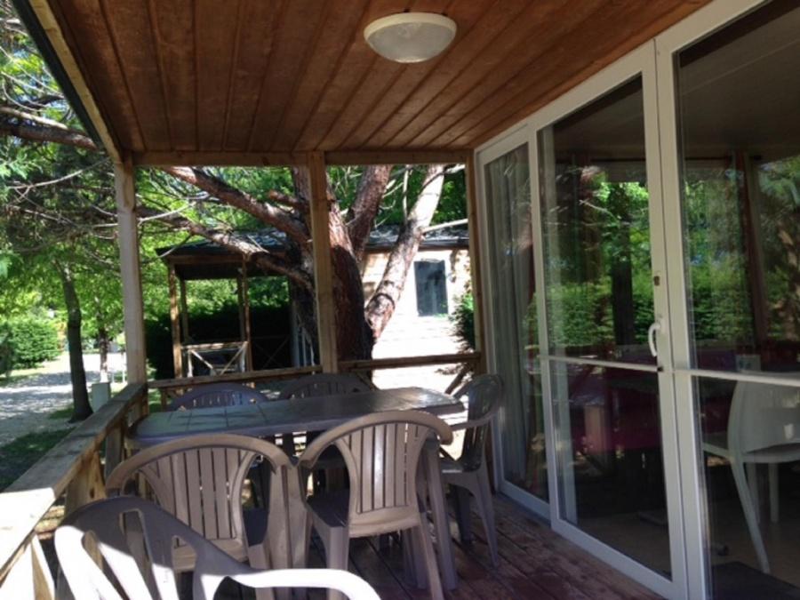 location-gironde-mobil-home-2ch-5p-terrasse-integree