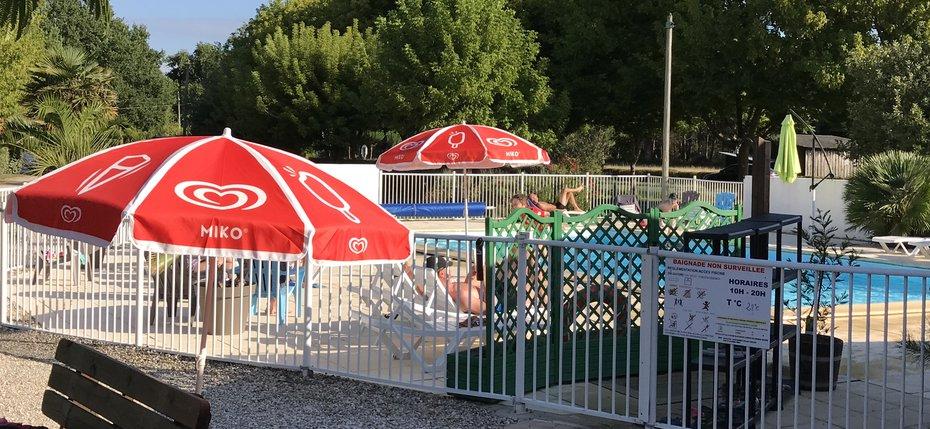 camping-gironde-montalivet-piscine